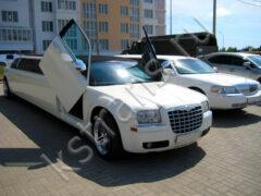 Прокат лимузинов Крайслер 300с