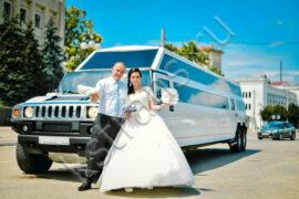 Белый лимузин Хаммер на свадьбу - фото